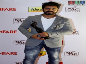 Nivin Pauly at 61st Filmfare Awards 2014